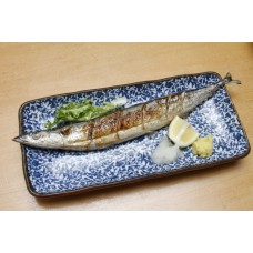Sanma Shio (Grilled Pike) さんま塩焼き Entree